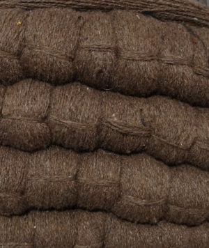 Шерстяная пряжа коричневая